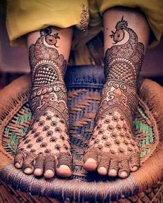 Browse the latest Mehndi Designs Ideas and images for brides online on HappyShappy! We have huge collection of Mehandi Designs for hands and legs, find and save your favorite Mehendi Design images. Latest Bridal Mehndi Designs, Stylish Mehndi Designs, Dulhan Mehndi Designs, Wedding Mehndi Designs, Latest Mehndi Designs, Mehndi Designs For Hands, Mehndi Art, Henna Mehndi, Leg Mehndi