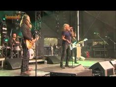 Robert Plant and the Sensational Space Shifters - Going to California (Live at Bonnaroo 2015) - YouTube