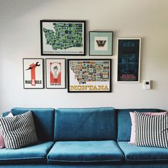 Exceptional Home Decor tips are offered on our web pages. Have a look and you wont be sorry you did. Cute Dorm Rooms, Cool Rooms, Design Your Home, Make Design, Layout Design, Design Ideas, Painted Interior Doors, Ikea, Farmhouse Side Table