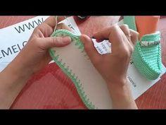 How To Crochet These Beautiful Slippers - Design Peak - Diy Crafts - hadido Loom Knitting, Knitting Patterns, Crochet Patterns, Crochet Shoes, Crochet Slippers, Gestrickte Booties, Diy Galaxy, Slipper Socks, Crochet Videos