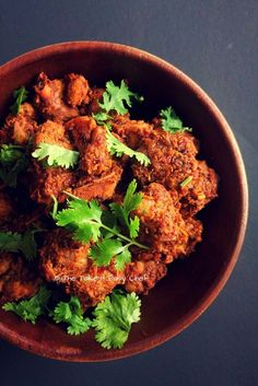 Kori Sukka / Chicken Sukka (Mangalore Style Dry Chicken Curry) – The Take It Easy Chef Indian Chicken Recipes, Veg Recipes, Curry Recipes, Indian Food Recipes, Cooking Recipes, Healthy Recipes, Chicken Recepies, Starter Recipes, Goan Recipes