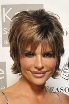 Lisa Rinna Long Pixie Shag Hair With Bangs