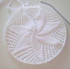 Lidy Dulce bebé. : Tutorial de la coronilla a juego con el canesú nº1 Love Knitting, Baby Knitting, Crochet Baby, Knit Crochet, Crochet Curtains, Crochet Tablecloth, Bonnet Hat, Knit Dress, Activities For Kids