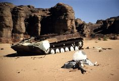 Destroyed in the desert of middle-East Pickett's Charge, Gundam Wallpapers, Military Modelling, Armored Vehicles, War Machine, Military Vehicles, The Past, Tanks, World