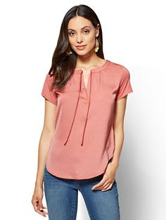 Shop Split-Neck Tie-Front Tee. Find your perfect size online at the best price at New York & Company.
