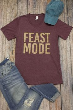 If you are ready for cooler days, nights with family, and a fabulous Thanksgiving feast, this shirt is made for you! Thanksgiving Shirts For Women, Family Thanksgiving, Winter Shirts, Vinyl Shirts, Glitter Vinyl, Fall Clothes, Vinyl Projects, Fall Winter Outfits, Shirt Ideas