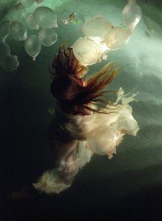 janaina tschape - I am fascinated by her art.