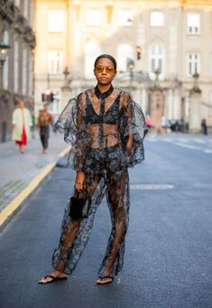 copenhagen fashion week street style ss21 Cute Casual Outfits, Stylish Outfits, Summer Outfits, Girl Outfits, Fashion Outfits, Cool Street Fashion, Look Fashion, Girl Fashion, Street Style