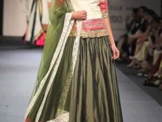 Video of Indian Designer Dozakh's Collection at Wills Fashion Week SS 13 - Indian Fashion