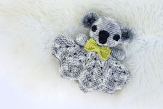 This amigurumi koala lovey pattern works up quickly using only one skein and some scrap yarn, which makes it a perfect baby shower gift idea.