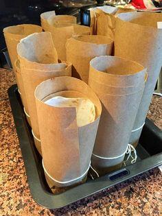 Little Christmas cakes in baked bean tins | He Cooks… She Sews! Small Christmas Cake Recipe, Mini Christmas Cakes, Christmas Food Treats, Christmas Cooking, Christmas Goodies, Little Christmas, Christmas Recipes, Xmas, Fruit Plus