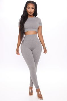 Swag Outfits, Chic Outfits, Girl Outfits, Fashion Outfits, Curvy Outfits, Queen Fashion, Grey Fashion, Women's Fashion, Rompers Women
