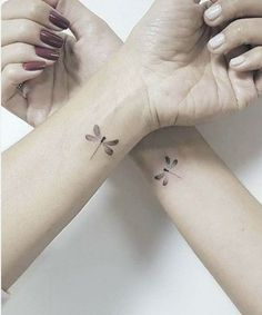 10 Minimalist Tattoo Designs For Your First Tattoo - Spat Starctic Mini Tattoos, Sister Tattoos, Friend Tattoos, Wrist Tattoos, Cute Tattoos, Arm Tattoo, Body Art Tattoos, Small Tattoos, Awesome Tattoos