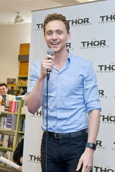 """Tom in Sydney with a """"crotch-tastic"""" pic.  Jesus, what is that man packing?"""