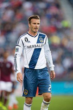 David Beckham La Galaxy, David Beckham Football, Soccer Players Hot, Nike Football, Trunks, Game, Sexy, Swimwear, Beautiful