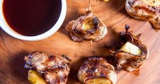 Hawaiian Duck Poppers With Honey-Sriracha Dipping Sauce Duck Popper Recipe, Poppers Recipe, Elk Steak, Venison Steak, Grilling Recipes, Meat Recipes, Appetizer Recipes, Appetizers, Venison Recipes