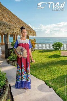 Hawaiian Muumuu, Island Wear, Hula Dancers, Playing Dress Up, African Fashion, Plus Size Fashion, Recherche Google, Womens Fashion, How To Wear
