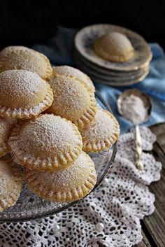 le genovesi How To Make Cake, Food To Make, Cookie Recipes, Dessert Recipes, Cookie Cake Pie, Torte Cake, Salty Snacks, Hungarian Recipes, Dessert Drinks
