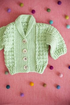 Beautiful crocheted baby sweater. ༺✿ƬⱤღ  https://www.pinterest.com/teretegui/✿༻