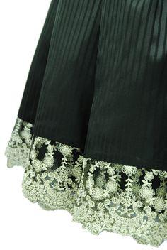"Sheglit ""Shadow stripe skirt (black)"""