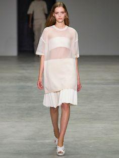 T-zone @ Calvin Klein s/s 2014 - Gróte modetrend voor 2014: de T-zone