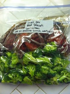 Crock Pot Freezer Meals: Chinese Beef and Broccoli. Reduce cooking time to slow cooker is fast, kind of ironic ;) no need for beef broth- replace with 2 C. Slow Cooker Freezer Meals, Crock Pot Freezer, Easy Freezer Meals, Make Ahead Meals, Crock Pot Cooking, Freezer Cooking, Freezer Meal Recipes, Chicken Freezer Meals, Bulk Cooking