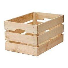 IKEA - KNAGGLIG, Pudełko, 46x31x25 cm, , Idealna do przechowywania nieco większych rzeczy, takich jak narzędzia i przybory ogrodnicze, gdyż skrzynka jest wytrzymała.Możesz zaoszczędzić miejsce ustawiając 2 pudła jedno na drugim.Uchwyty ułatwiają wysuwanie i przenoszenie.Surowe lite drewno to wytrzymały, naturalny materiał, który będzie jeszcze bardziej odporny i łatwy w utrzymaniu, jeśli powierzchnię pokryjesz olejem lub woskiem.