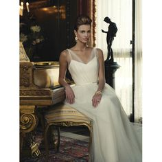Timeless #Beauty #Bridal look. Hair by Abeille Beauty's Heather Bear.
