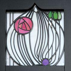 Charles Rennie Mackintosh - House for an Art Lover - Intérieur - Vitrail du Hall d'entrée Stained Glass Panels, Stained Glass Flowers, Stained Glass Designs, Stained Glass Patterns, Stained Glass Art, Mosaic Glass, Art Deco Tiles, Art Deco Art, Wall Tiles