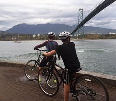 Complete guide plus narrated video about the family-friendly Stanley Park Seawall Bike Trail - one of the most beautiful trails in the world Stanley Park, Trail Guide, Cycling Workout, Training Plan, Bike Trails, All Over The World, Vancouver, Riding Bikes, Encouragement