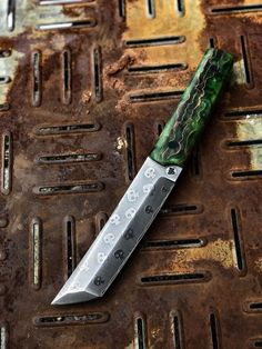 Ajin Anime, Cool Knives, Butter Knife, Edc, Weapons, Steel, Knives, Camps, Weapons Guns