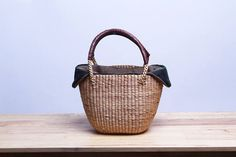 Straw Bag, Bucket Bag, Thai handmade, Made from water hyacinth, Gift for her, Vintage Style
