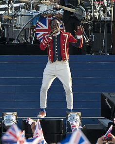 Will.I.Am performing on Queen´s Diamond Jubilee Concert