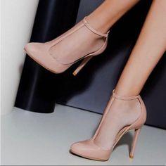 T Strap Pumps, Ankle Strap Sandals, Pumps Heels, Stiletto Heels, Heeled Sandals, Blush Heels, Sandals Outfit, Gold Heels, Ankle Straps