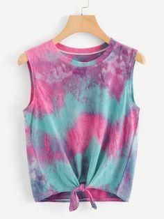 Tie dye shirts, tie dye tops, diy shirt, tie dye outfits, tie d Tie Dye Outfits, Crop Top Outfits, Cute Outfits, Tie Dye Clothes, Tie Die Shirts, Cut Shirts, Band Shirts, Teen Fashion Outfits, Look Fashion