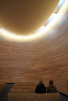 Hiljaisuuden kappeli, Helsinki  http://www.ts.fi/teemat/matkailu/343904/4/343905.jpg