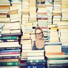 CUTE senior photo idea!
