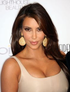 chocolate hair color with caramel highlights | Look—Kim Kardashian Lightened Her Hair Just Around Her Face Slightly ...