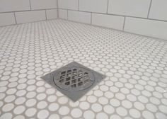 White penny and subway tiles, grout in Dunlop Misty Grey - grout color Decoration Inspiration, Bathroom Inspiration, Bathroom Ideas, Bathroom Inspo, Shower Ideas, Decor Ideas, Penny Tile Floors, Tile Flooring, Penny Round Tiles