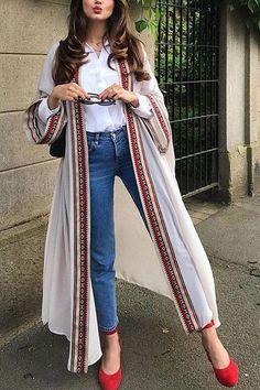 Pakistani Dresses Casual, Indian Fashion Dresses, Indian Designer Outfits, Abaya Fashion, Muslim Fashion, Kimono Fashion, Pakistani Fashion Casual, Indian Gowns, Fashion Goth