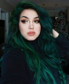 ideas romantic ideas when growing out fringe and ha… – dark hair styles Green Hair Ombre, Emerald Green Hair, Mint Green Hair, Green Wig, Green Hair Colors, Green Lace, Purple Hair, Black And Green Hair, Pastel Hair
