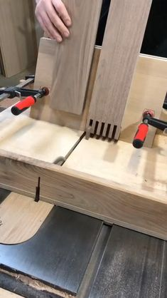 Woodworking Projects That Sell - Easy Projects With Free ... #diywoodworking Diy Furniture Plans Wood Projects, Woodworking Furniture Plans, Woodworking Projects That Sell, Woodworking Toys, Diy Projects, Woodworking Blueprints, Woodworking Shop Layout, Unique Woodworking, Popular Woodworking