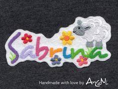 bunterbunter Name mit kleinem Schaf ♥ Wunschname von AnCaNi auf DaWanda.com