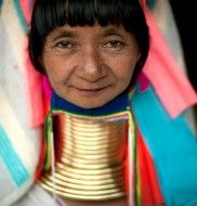 Eric Lafforgue - Thailand Beautiful people.  And colours of the world