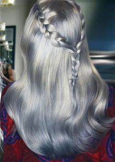Silver Hair Trend: 51 Cool Grey Hair Colors & Tips for Going Gray - Trends Frisuren Dyed Hair Pastel, Colored Hair Tips, Silver Grey Hair, Easy Hairstyles For Long Hair, Hairstyle Ideas, Balayage Hair Blonde, Hair Videos, Hair Trends, Long Hair Styles