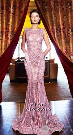 Couture Haute Couture Lebanese Designer Ziad Nakad is, with a very good fashion designing skills. Couture Haute Couture of chiffon, silk, satin and handmade flowers and Swarovski Dior Couture, Couture Dresses, Couture Fashion, Fashion Dresses, Fashion Art, Beauty And Fashion, Fashion Design, Fashion 2018, Beautiful Gowns
