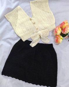 by kook (bikini. Diy Crochet Top, Crochet Cow, Crochet Blouse, Crochet Bikini, Sewing Clothes, Crochet Clothes, Diy Clothes, Shorts E Blusas, Diy Fashion Projects