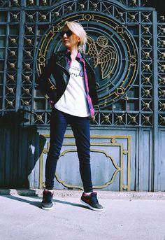 Ioana Radu biker jacket & sunglasses Star by Rayons Biker, Ootd, Punk, Sunglasses, Stars, Jackets, Fashion, Down Jackets, Moda