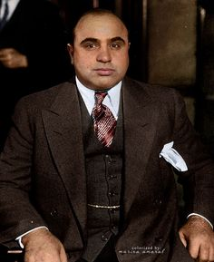 Al Capone was a infamous criminal cause he was a original gangster and a main head in the mafia. Al Capone, Real Gangster, Mafia Gangster, Gangster Tattoos, Gangster Style, James Jeans, John Kennedy, Grace Kelly, 1920s Gangsters