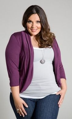 Plus size clothing for full figured women. We carry young and trendy, figure flattering clothes for plus size fashion forward women. Curvalicious Clothes has the latest styles in plus sizes Curvy Plus Size, Plus Size Jeans, Plus Size Tops, Plus Size Women, Curvy Girl Fashion, Plus Size Fashion, Womens Fashion, Fashion Top, Petite Fashion